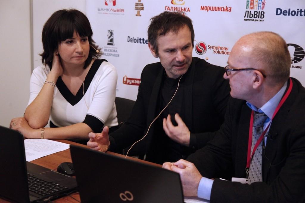 Adrian Mikhalchishin, Nelli Alexanian and Sviatoslav Vakarchuk spoke about chess, psychology and the Match. Photo by Anastasiya Karlovich