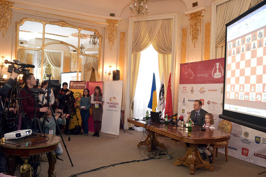 chess-women-Lviv-2016-03-02_2267sa_HBR