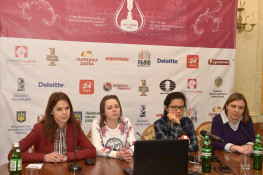 chess-women-Lviv-2016-03-05_4324sa_HBR