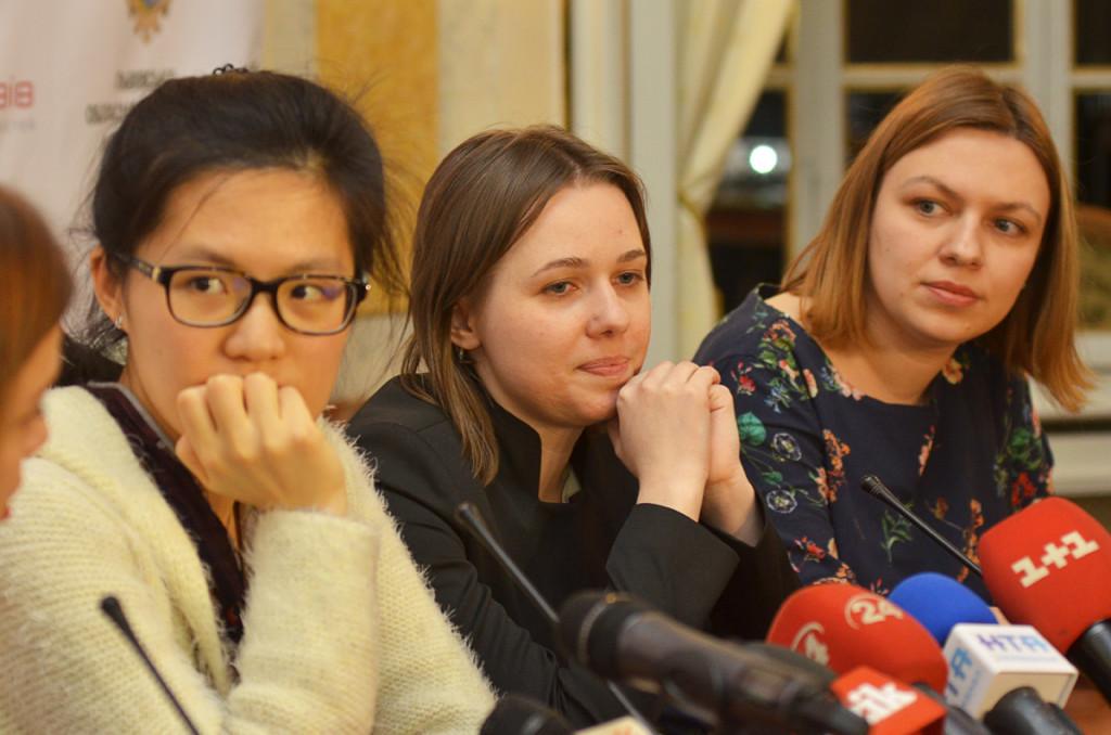 chess-women-Lviv-2016-03-14_7478sa_KOV